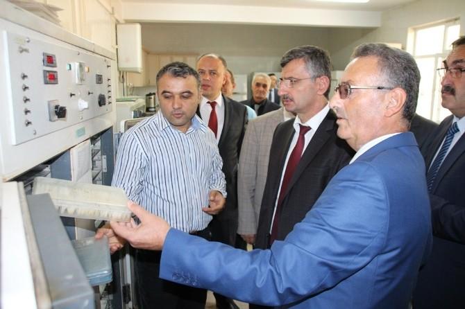 Vali Bektaş'tan Beydere Tohum Sertifikasyon Test Müdürlüğü'ne Ziyaret