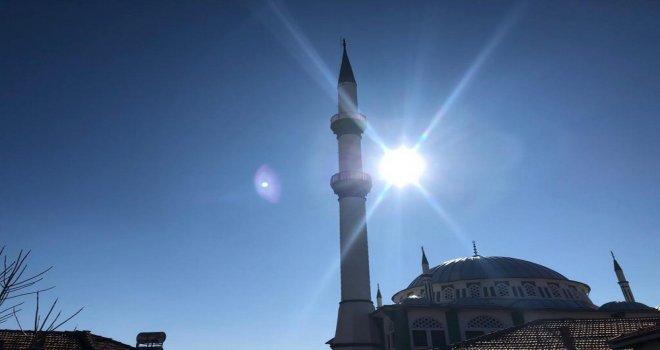 Ağır Hasar Gören Minarenin Yıkımı Gerçekleştirildi