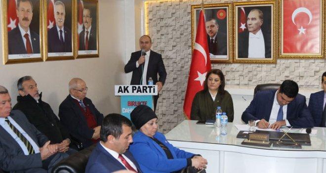 AK Parti Akhisar ilçe teşkilatında danışma kurulu meclisi toplantısı