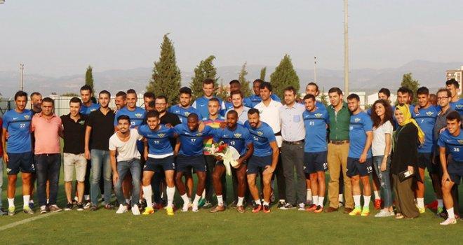 AK Partili Gençler'den Akhisarspor'a ziyaret