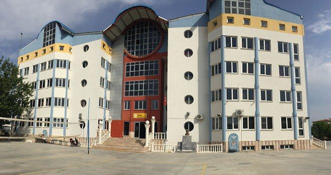 Akhisar Adnan Menderes Kız Anadolu İmam Hatip Lisesi yeni binasında