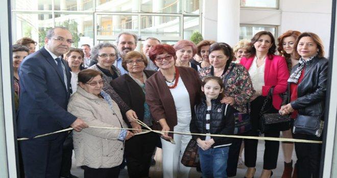 Akhisar Belediyesi Sanat Atölyesi, Renklerin Sesi sergisi açıldı
