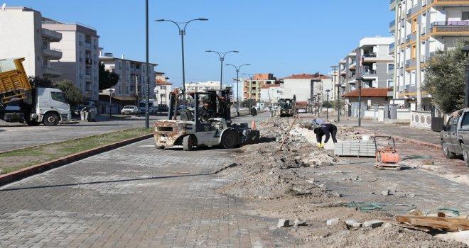 Akhisar Belediyesi ve Büyükşehir Belediyesi Yol Tamir Protokolü İmzaladı