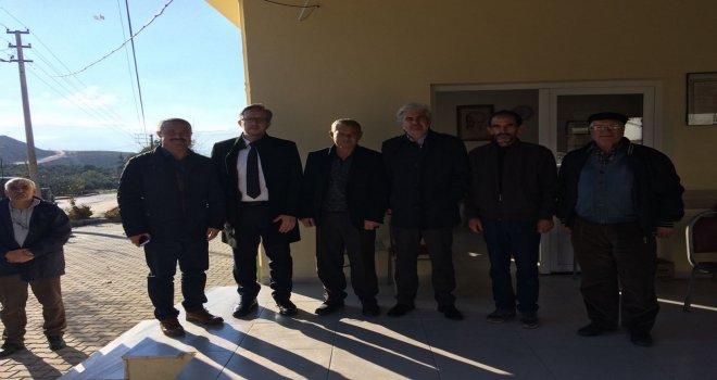 Akhisar Belediyesi'nin kırsal mahallelerde çalışmaları hızla devam ediyor