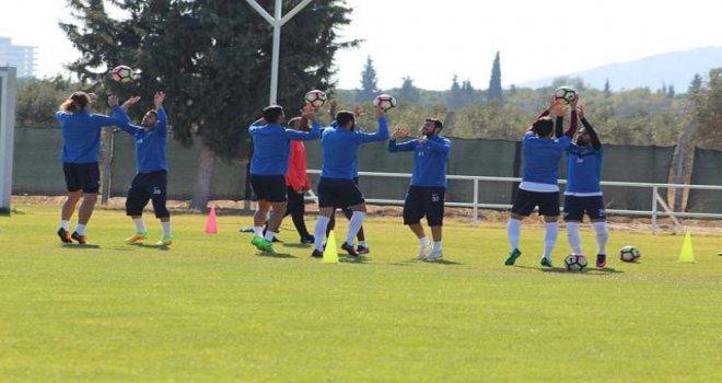 Akhisar Belediyespor'da, umutlar Adanaspor maçına saklandı