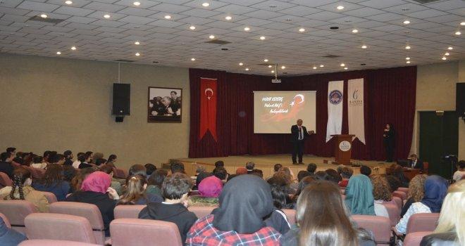 """Akhisar MYO'da  İstiklal Marşının Kabulu Ve Mehmet Akif Ersoy"""" Anlatıldı"""