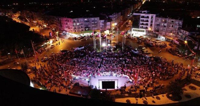 Akhisar'da 15 Temmuz Demokrasi ve Milli Birlik Günü kutlandı