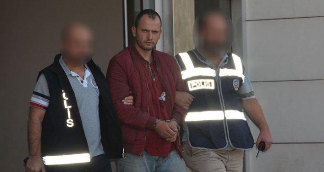 Akhisar'da babasını öldüren zanlı tutuklandı