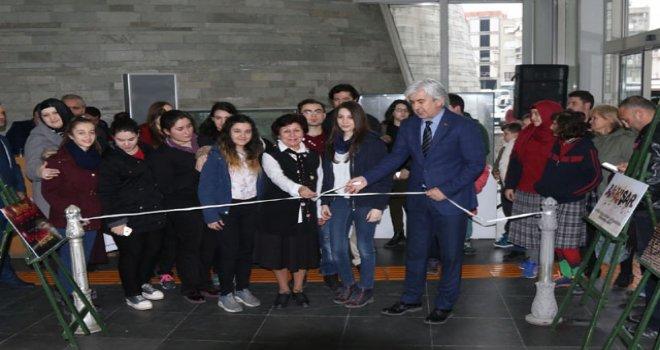 Akhisar'ın ilk photoshop kursu sergisi açıldı