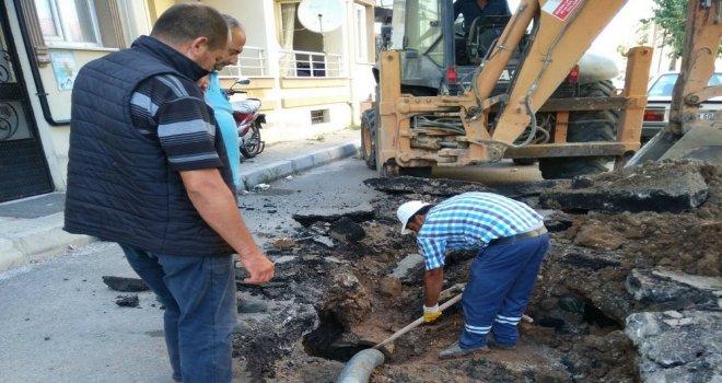 Atatürk Mahallesi'nde Yağmursuyu Hattı Yenilendi