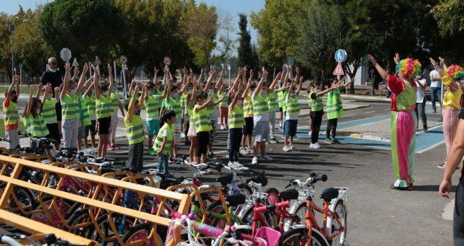 Avrupa Hareketlilik Haftasında Minik Öğrenciler Hem Eğlendi Hem Öğrendi