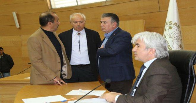 Belediye Başkanı Salih Hızlı, stadyum inşaatındaki son gelişmeleri bildirdi