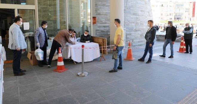 Berber ve Kuaförlerin İmdadına Akhisar Belediyesi Yetişti