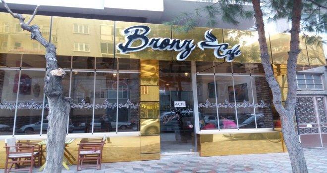 Bronz Cafe'de Canlı Müzik Geceleri Başlıyor