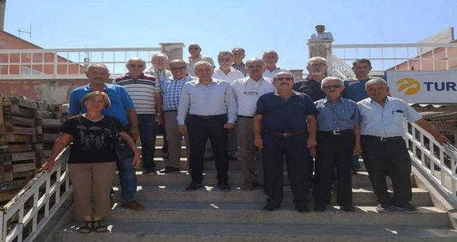 CHP Milletvekili Bakırlıoğlu İlçelerde Partililerle Bayramlaştı