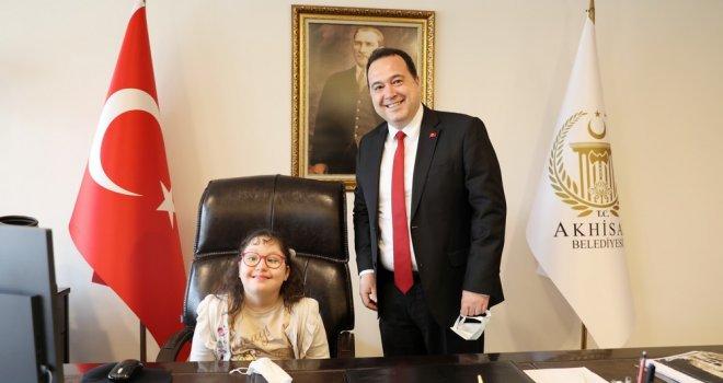 Down Sendromlu Meryem, Akhisar Belediye Başkanı oldu
