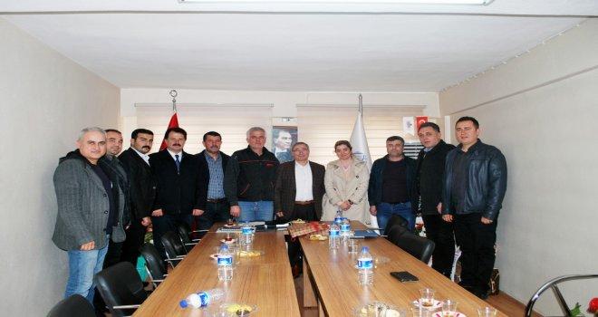 Erol Boşnak ve meclis üyeleri oda ziyaretlerine devam ediyor