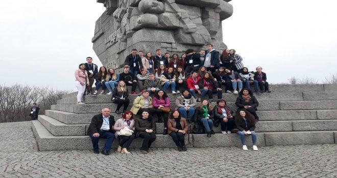 Fen Lisesi Polonya'dan Döndü