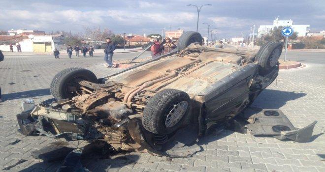 Hurdaya Dönen Otomobilden Sağ Kurtuldu