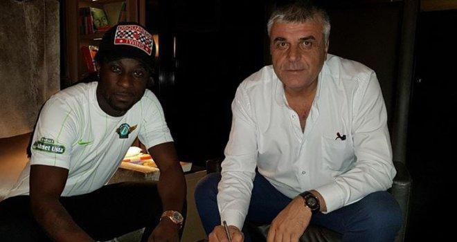 Marvin Renato Emnes ile 3 yıllık sözleşme imzalandı