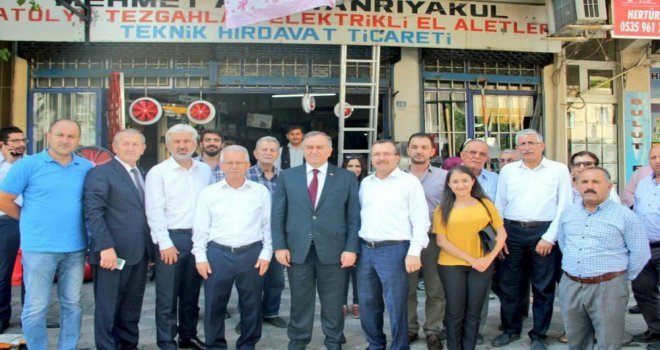 Uğur Aydemir ve Erkan Akçay Akhisar'da Destek İstedi