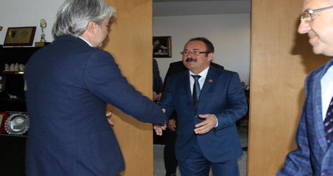 Muhtarlar, Belediye Başkanı Salih Hızlı'yı ziyaret etti