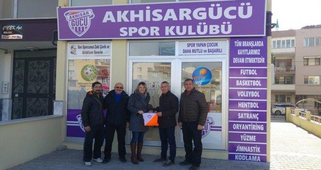 Oryantiring İl Temsilcisinden Akhisar Gücü Spor Kulübüne teşekkür ziyareti