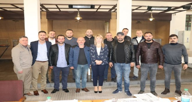 Güney, Akhisar Lokantacı, Köfteci ve Tatlıcılar Odası Başkanlığına adaylığını açıkladı