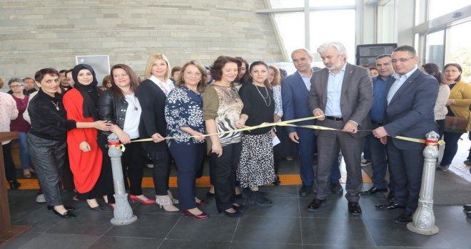 Sanat Atölyesi yeni dönem çini sergisi açıldı