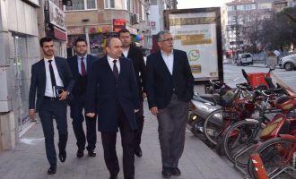 AK Parti İl Başkanı Mersinli, Akhisar'da referandum nabzını tuttu