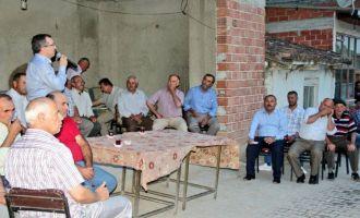 AK Partili Uğur Aydemir Akhisar'da 3 mahalleyi ziyaret etti