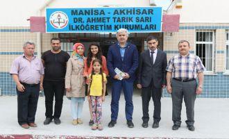 Akhisar Belediye Başkanı Salih Hızlı'dan, Genç Yazar Sıla Aksoy'a ziyaret