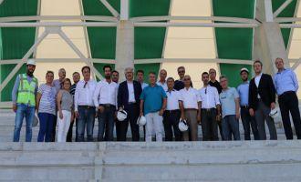 Akhisar Belediye Meclis Üyeleri stadyum inşaatını yerinde inceledi