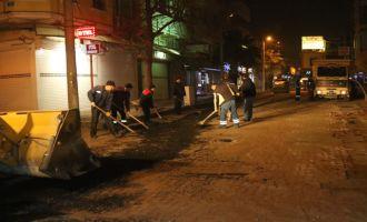Akhisar Belediyesi gece gündüz demiyor
