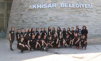 Akhisar Belediyesi Halk Oyunları Ekibi Köprübaşı yolcusu