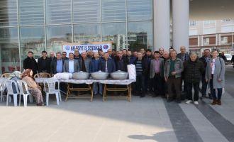Akhisar Belediyesi İşçilerinden Pilav Hayrı
