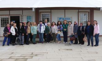 Akhisar Belediyesi kadın dernekleri ile bir araya geldi