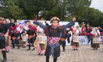 Akhisar Belediyesinden 23 Nisan şenliği