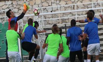 Akhisar Belediyespor, alt yapı ile idman maçı yaptı