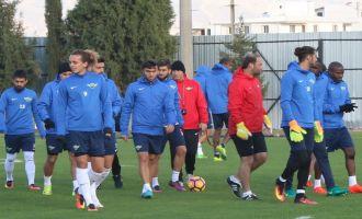 Akhisar Belediyespor, Fenerbahçe hazırlıklarına başladı