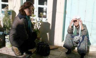 Akhisar CHP'li kadınlar kapı kapı dolaşıyor