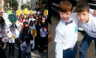 Akhisar Down Sendromu Derneği farkındalık yürüyüşüne katıldı
