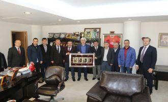 Akhisar Gördesliler Derneğinden Belediye Başkanı Salih Hızlı'ya ziyaret