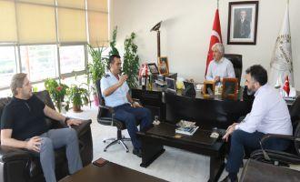 Akhisar Hava Meydan Komutanı'ndan Belediye Başkanı Salih Hızlı'ya teşekkür