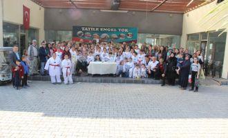 Akhisar Tekvando Takımı genç yazarı ziyaret etti