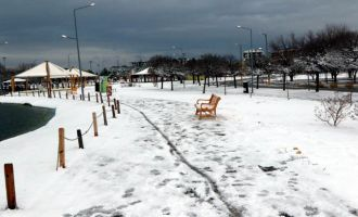 Akhisar'da muhteşem kar manzaraları