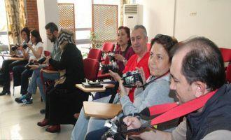Akhisar'da ücretsiz fotoğraf çekim özelliklerini anlatıldı