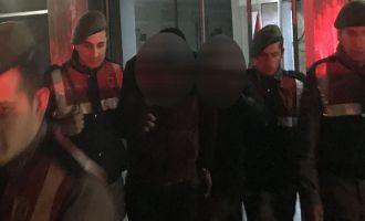 Akhisar'da zeytinyağı hırsızları yakalandı