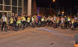 Akhisarlı Bisikletçiler sağlık için pedallıyor