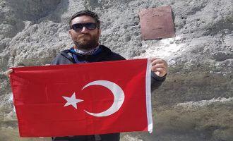 Akhisarlı Dağcı İran'ın En Yüksek Dağına Tırmandı